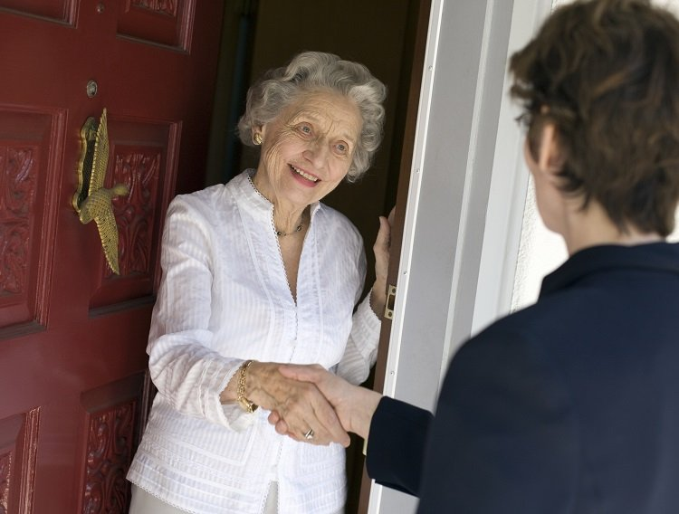When to Use Senior Home Care Services