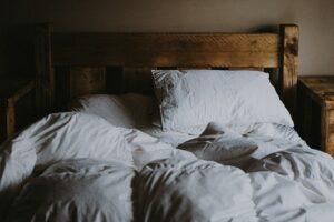 Relationship Between Nutrition and Sleep