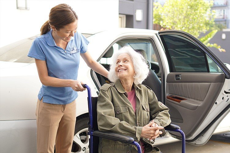 Helpful Tips for Selecting the Right Caregiver